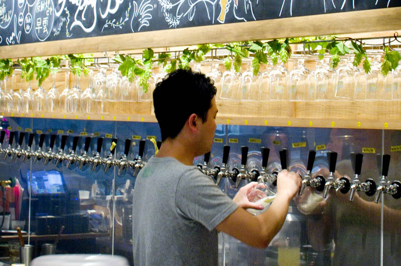 Kanda craft-beer bar tour